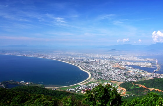 Travel to Da Nang