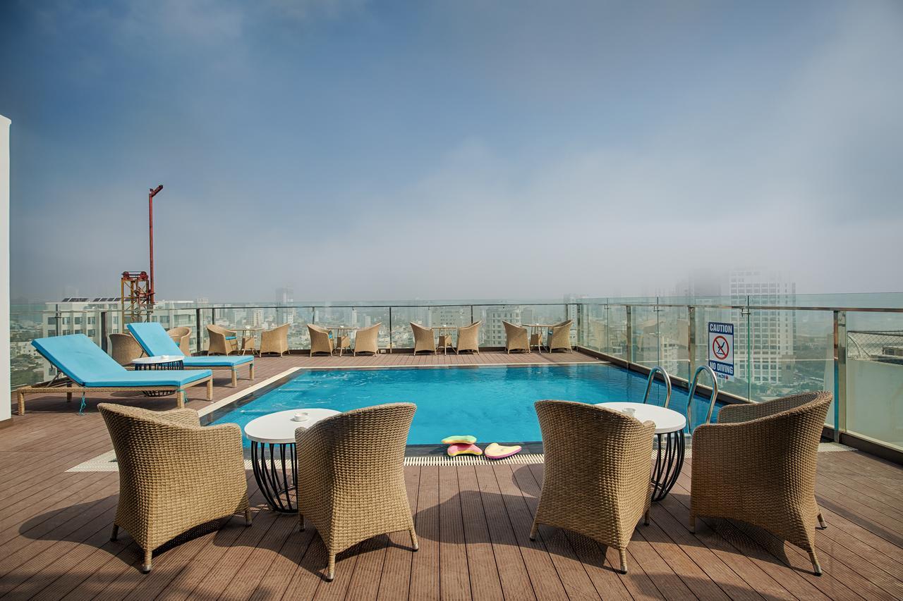 Khách Sạn Đà Nẵng Gần Biển Có Hồ Bơi
