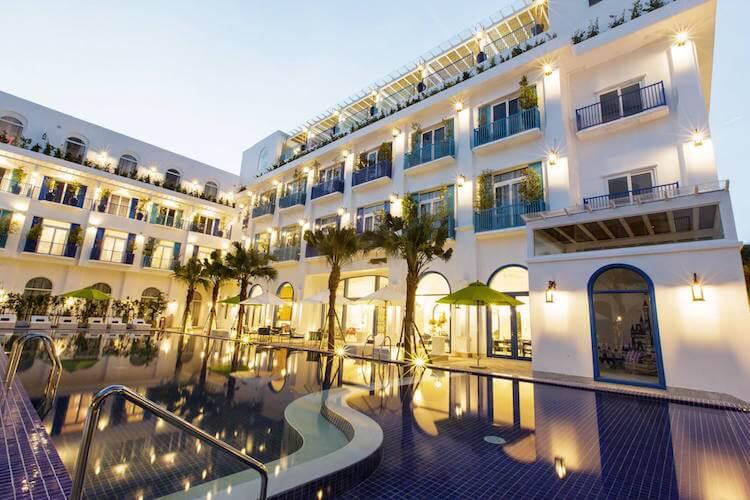 Image result for khách sạn đà nẵng