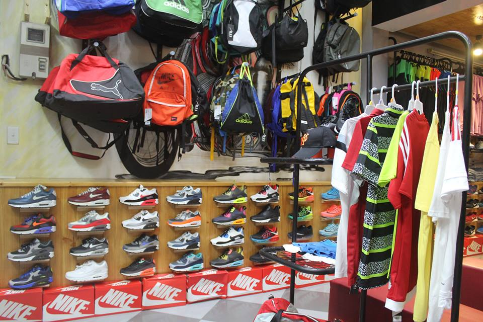 All in Outlet - Cửa hàng bán quần áo thể thao tại Đà Nẵng