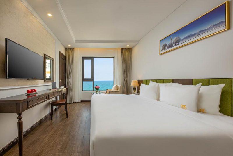 Khách Sạn Tiêu Chuẩn 4 Sao Gần Biển-khách sạn Santa Luxury Đà Nẵng