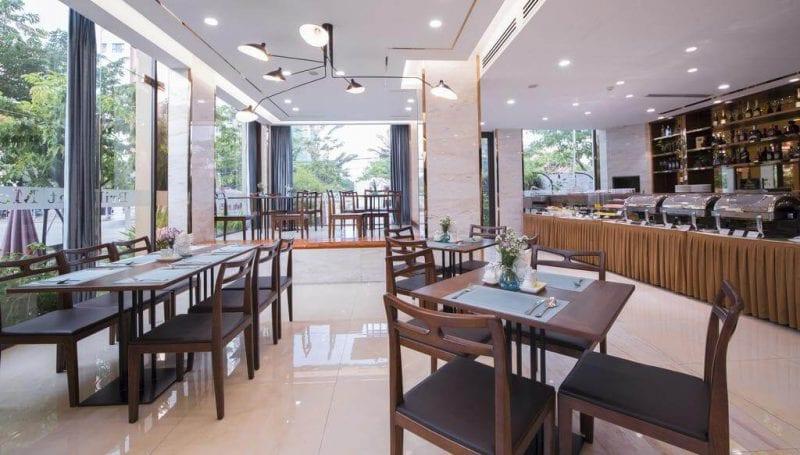 Khách Sạn 3 Sao Đường Hồ Nghinh Đà Nẵng