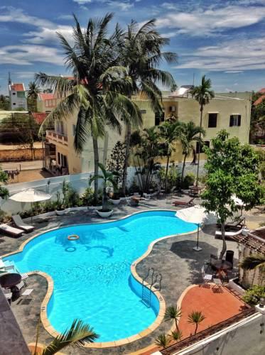 Khách Sạn Hội An 2 Sao Có Hồ Bơi