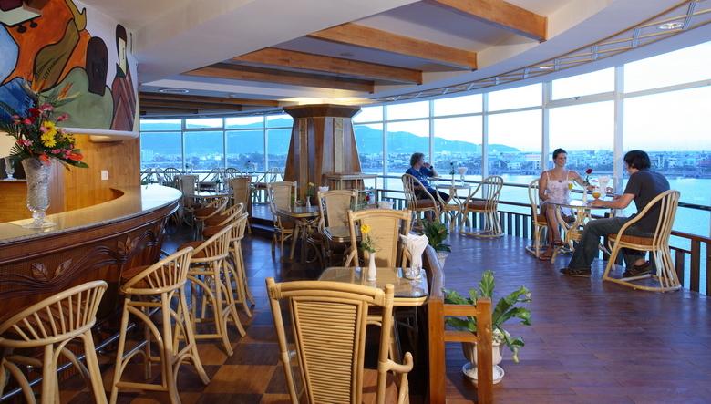 Khách Sạn 4 Sao Đà Nẵng Có View Xem Pháo Hoa
