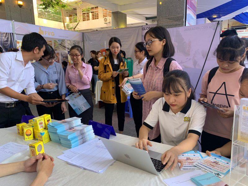 trung tâm việc làm Đà Nẵng