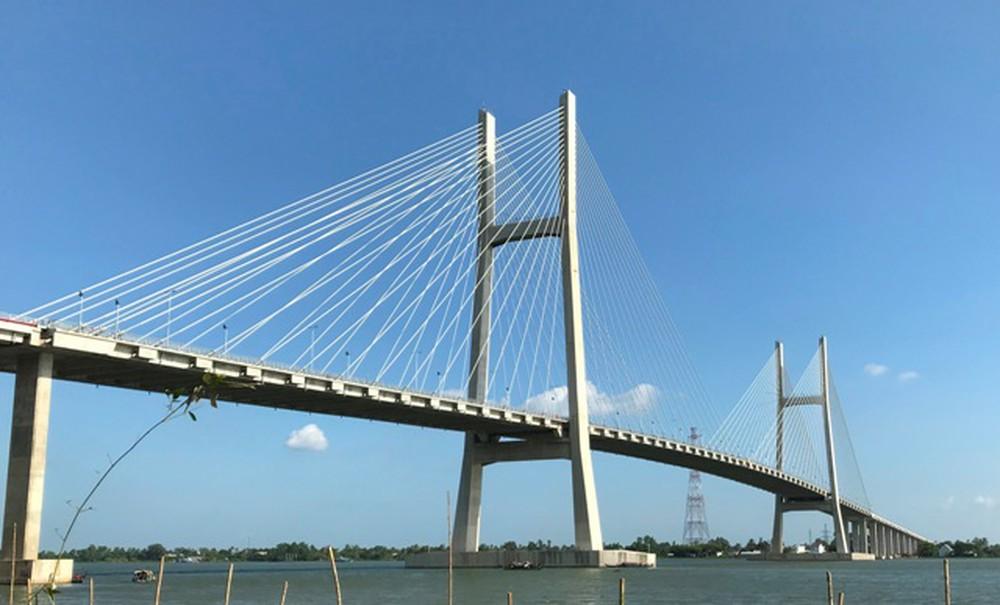 Cầu Cao Lãnh Đồng Tháp