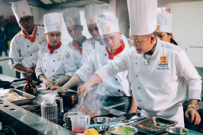 Dạy nghề nấu ăn cao cấp