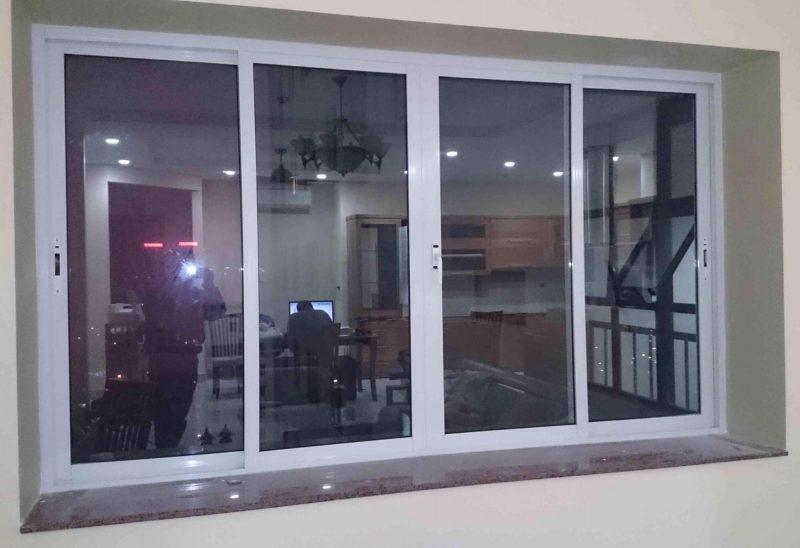 Cửa sổ nhôm Xingfa 4 cánh mở lùa