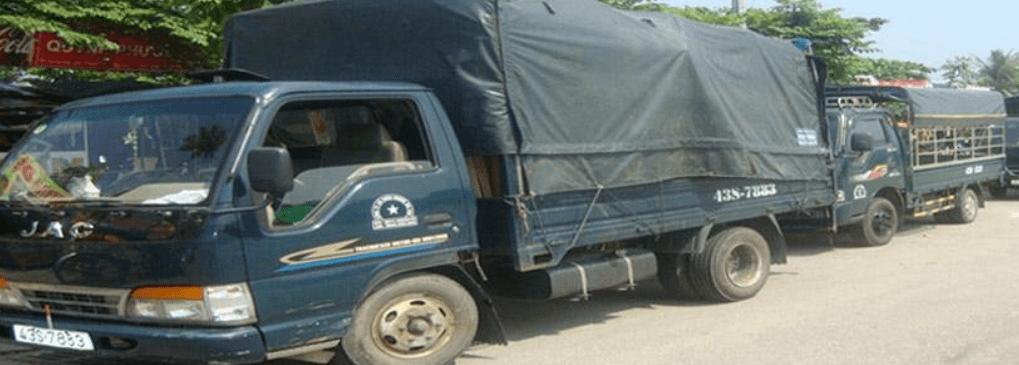 xe tải chở hàng Hoàng Gia