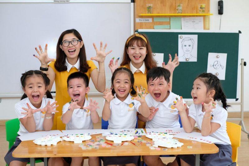 Trường Dạ Lan Hương